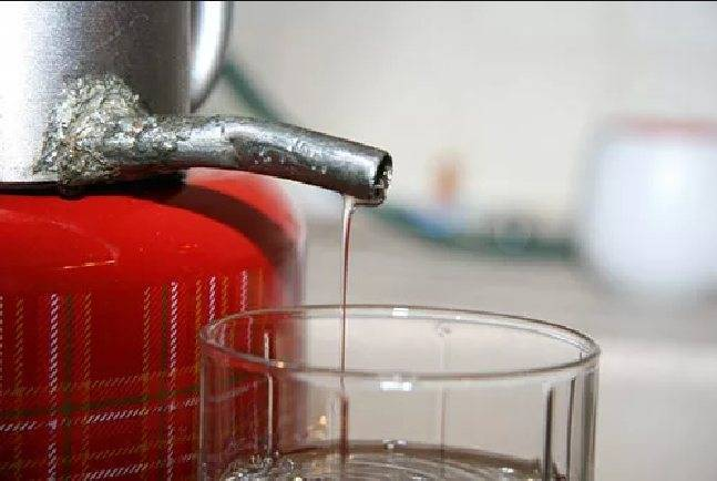 Таблица разбавления самогона водой. как и чем правильно разбавить самогон в домашних условиях?