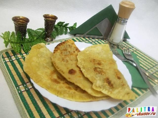 Крымские чебуреки – кулинарный рецепт