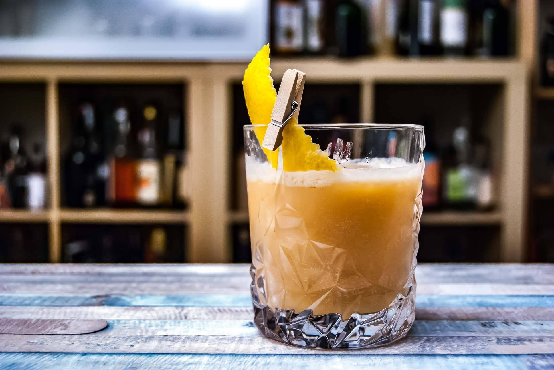 Рецепты лучших коктейлей на основе виски — читаем по порядку