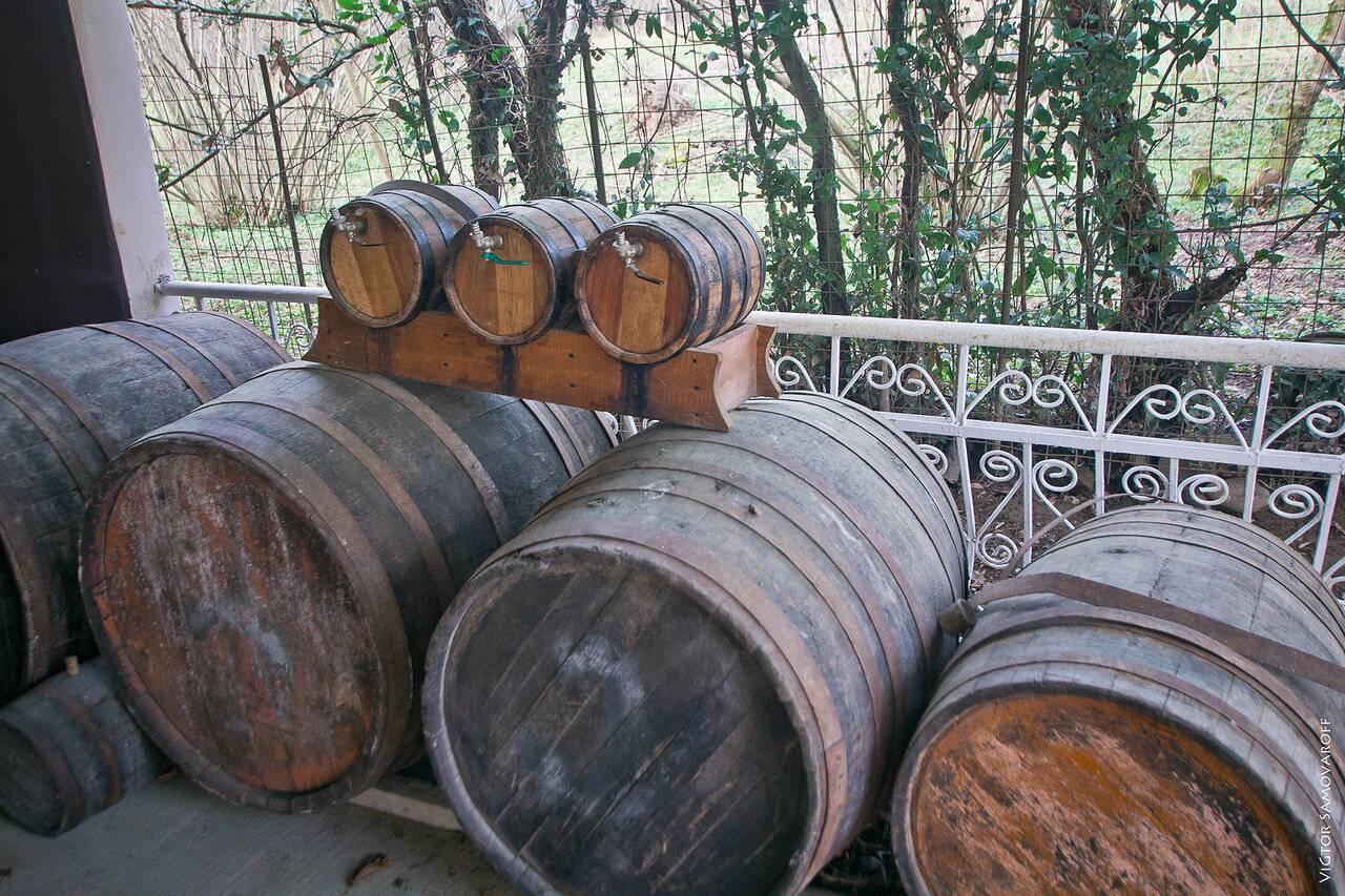 Полное разоблачение абхазского вина / откуда же в абхазии появляются виноград и вино? в 90% случаев из молдавии
