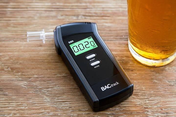 Как выбрать алкотестер для личного пользования: обзор, рейтинг лучших, отзывы о производителях