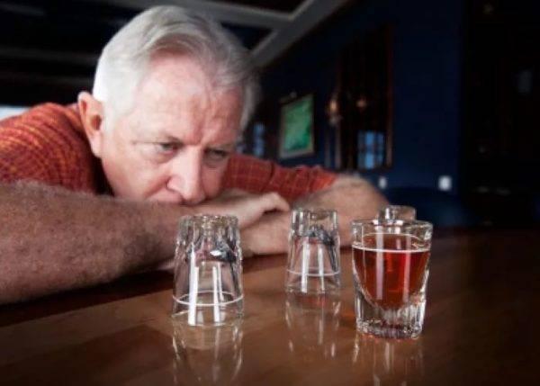 Полный разбор вопроса: можно ли пить алкоголь после инсульта?