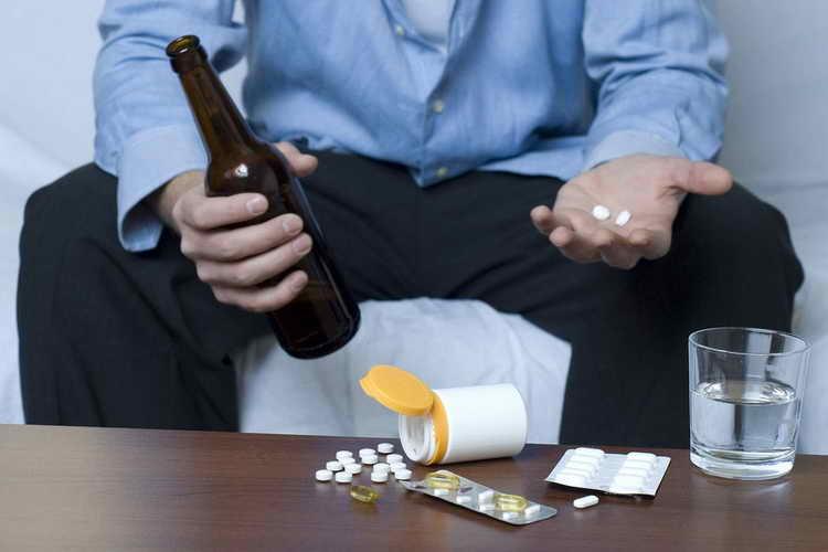 Можно ли закодированным пить безалкогольное пиво: мнение наркологов