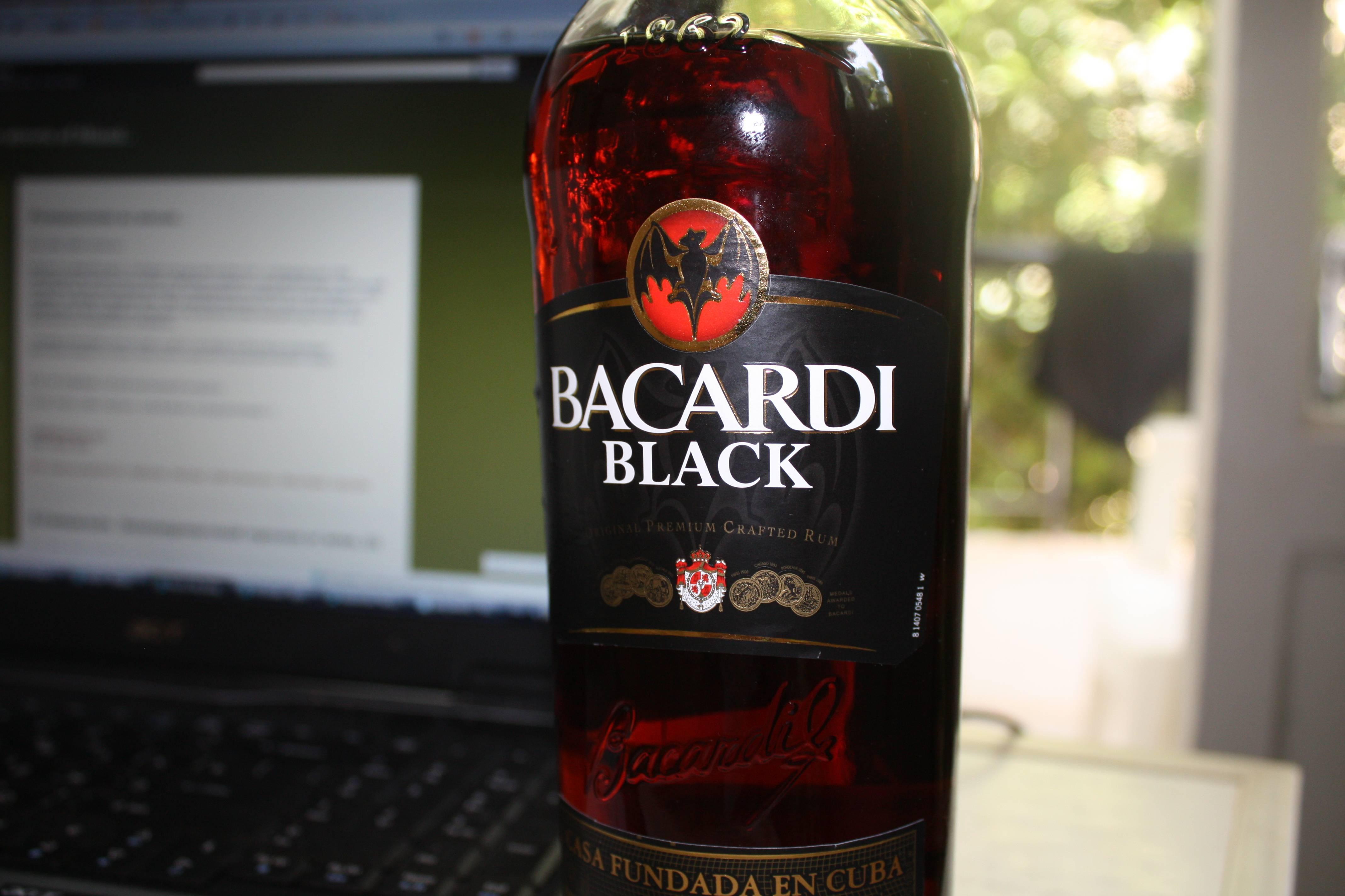Топ 4 коктейлей ром бакарди блэк