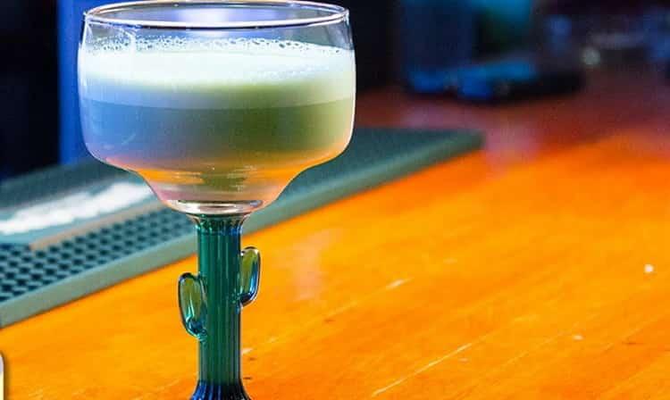 Коктейль джин физ: проверенный рецепт, секреты приготовления вкусного котейля, история напитка