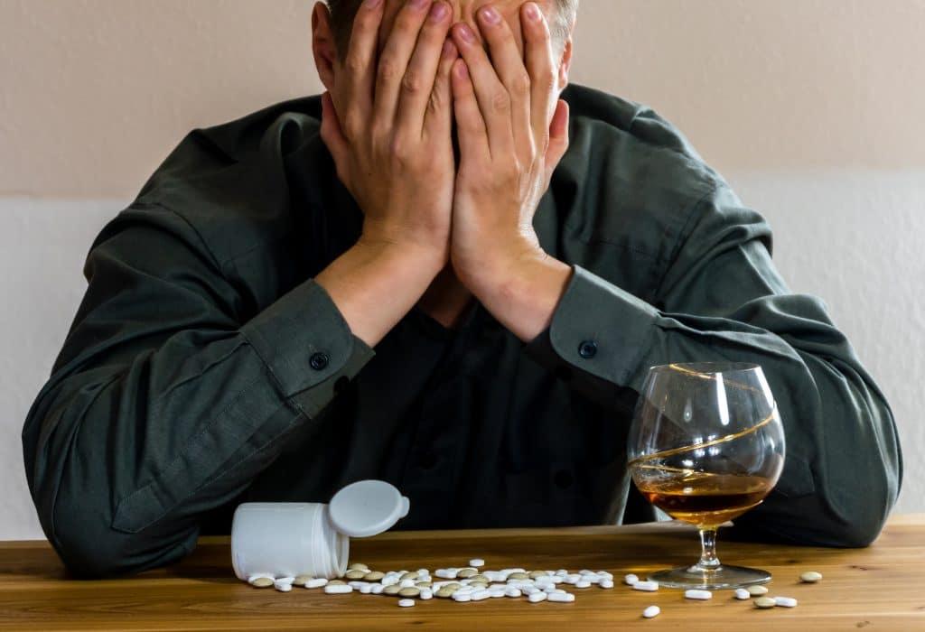 Поливитамины при похмелье. какие витамины принимать после алкоголя?