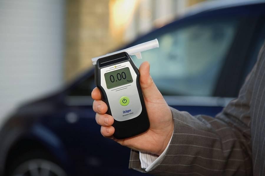 Пробирки на дорогах: гибдд хотят дать право проверять всех водителей на алкоголь