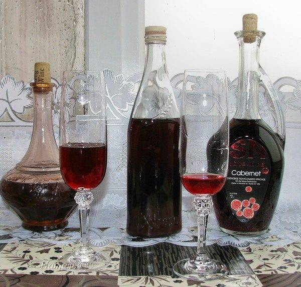 Вино из варенья: как сделать, простой рецепт, с перчаткой, домашнее