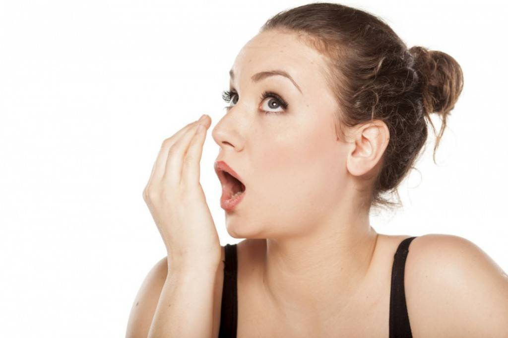 Как убрать запах перегара эффективно и за короткое время