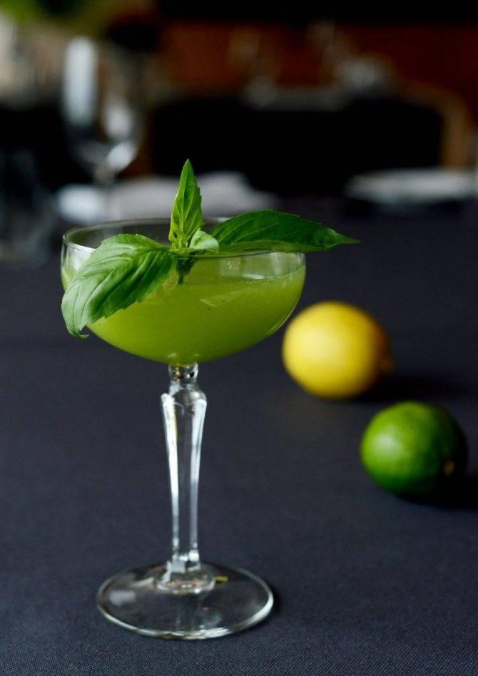 «Зеленая фея» — коктейль для «безумцев». Секреты приготовления напитка