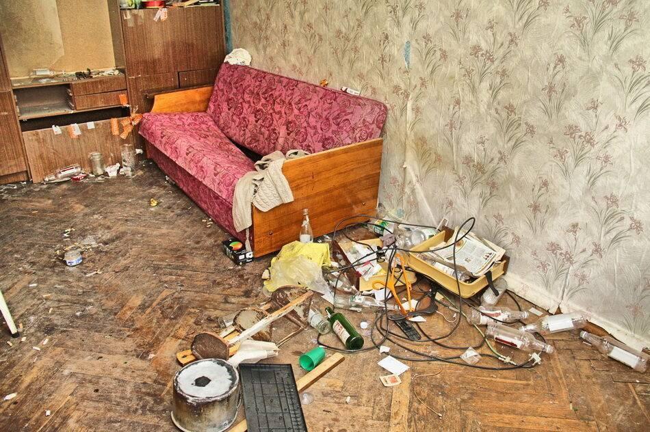 Шумные жильцы или как выселить соседей алкоголиков?