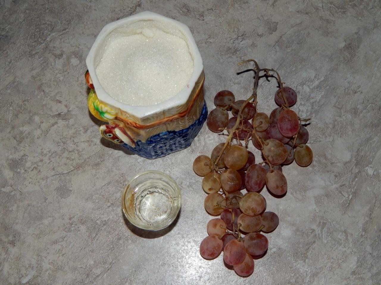 Наливка из винограда: как сделать в домашних условиях