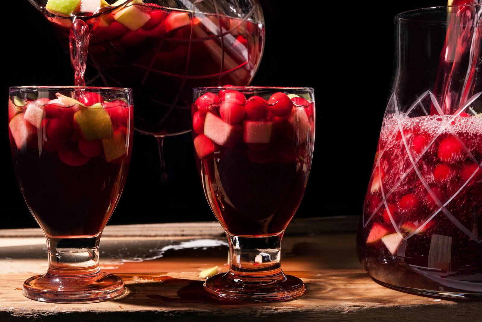 Коктейли с вином: с красным, белым, розовым, игристым - проверенные рецепты приготовления, полезные советы