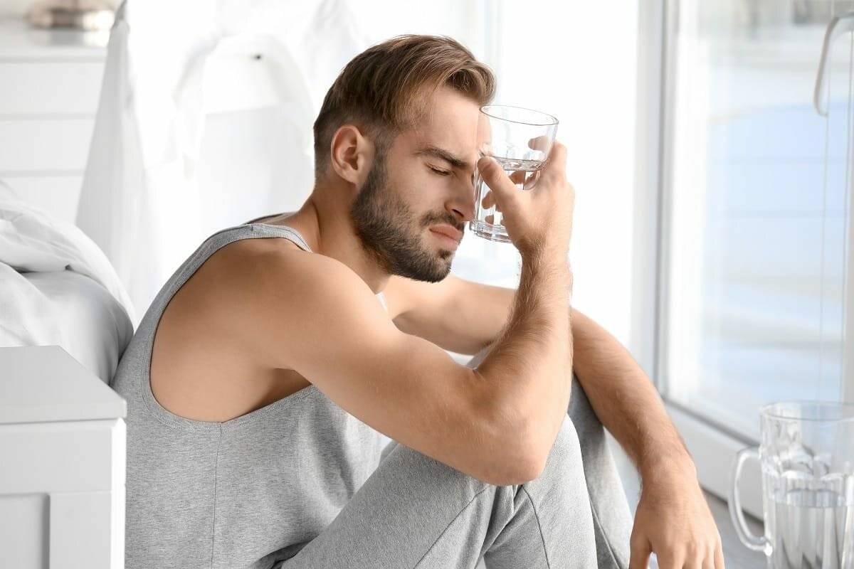 Как снять отек с лица после похмелья. как снять отечность после застолья