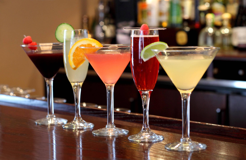 Аперитив и дижестив: что это такое? какие напитки подают на аперитив и дижестив?