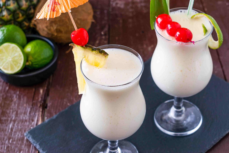 Коктейль пина колада – 6 оригинальных рецептов приготовления алкогольного и безалкогольного коктейля