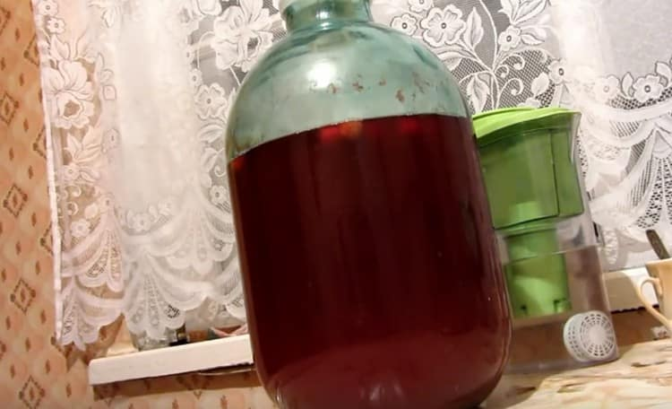 Брага и самогон из варенья: универсальный рецепт в домашних условиях