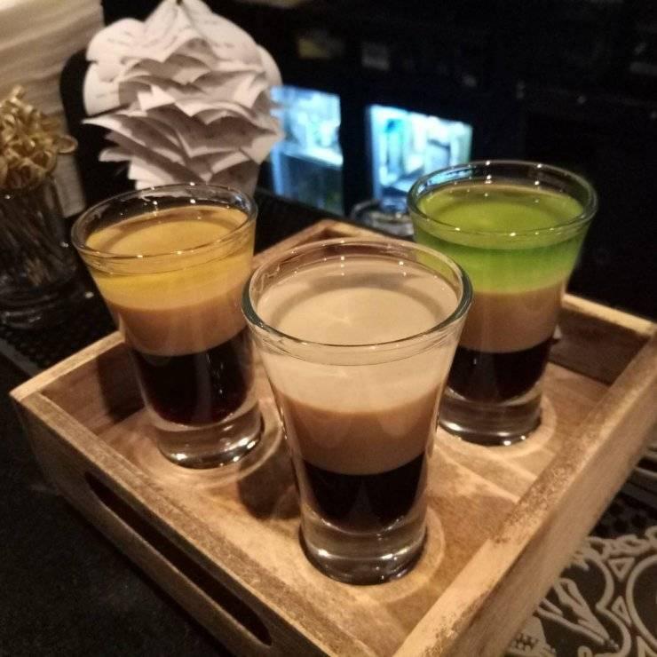 Как правильно пить b52