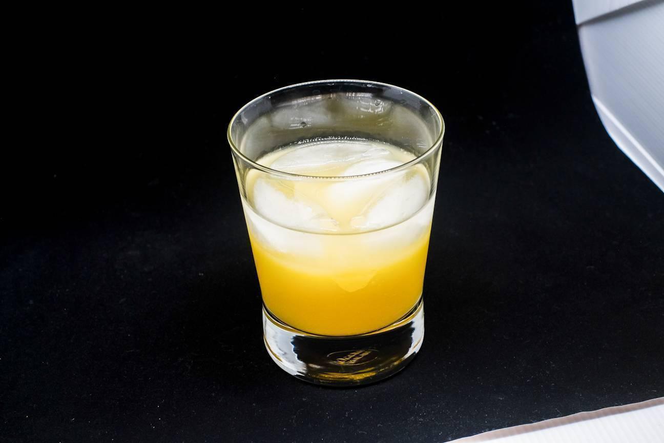 """Чтобы было вкусно: как пить вермут """"бьянко"""""""
