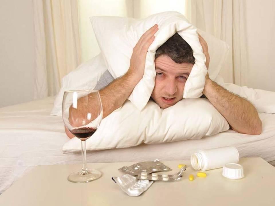 Кружится голова с похмелья после сна