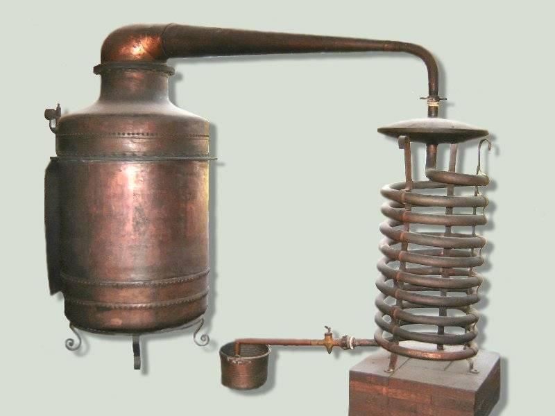 Характеристики и применение аламбика и самогонного аппарата