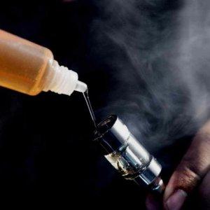Последствия потребления глицерина при курении электронных сигарет. жидкости для электронных сигарет - гид для новичков можно ли добавлять глицерин в электронных сигаретах