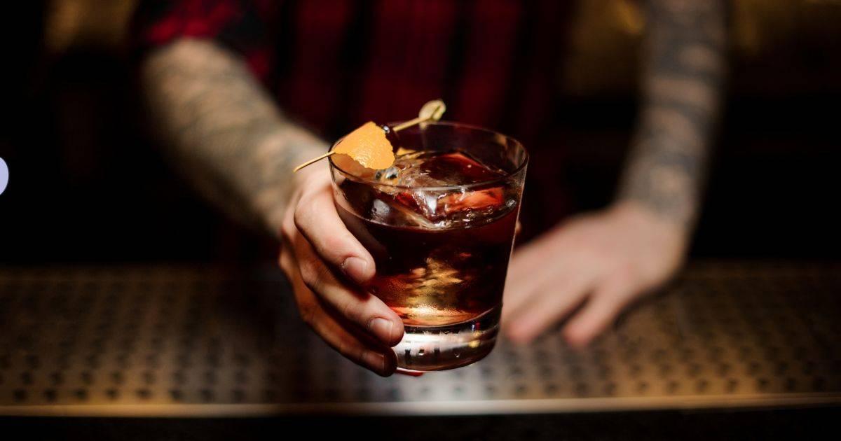 Рецепты приготовления коктейля Крестный отец