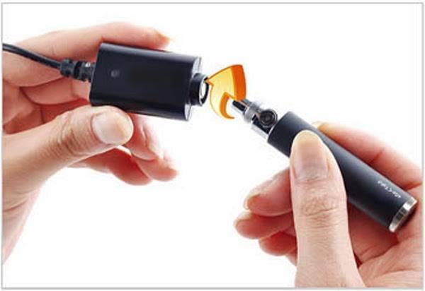 Как зарядить свою электронку, если зарядки нет?