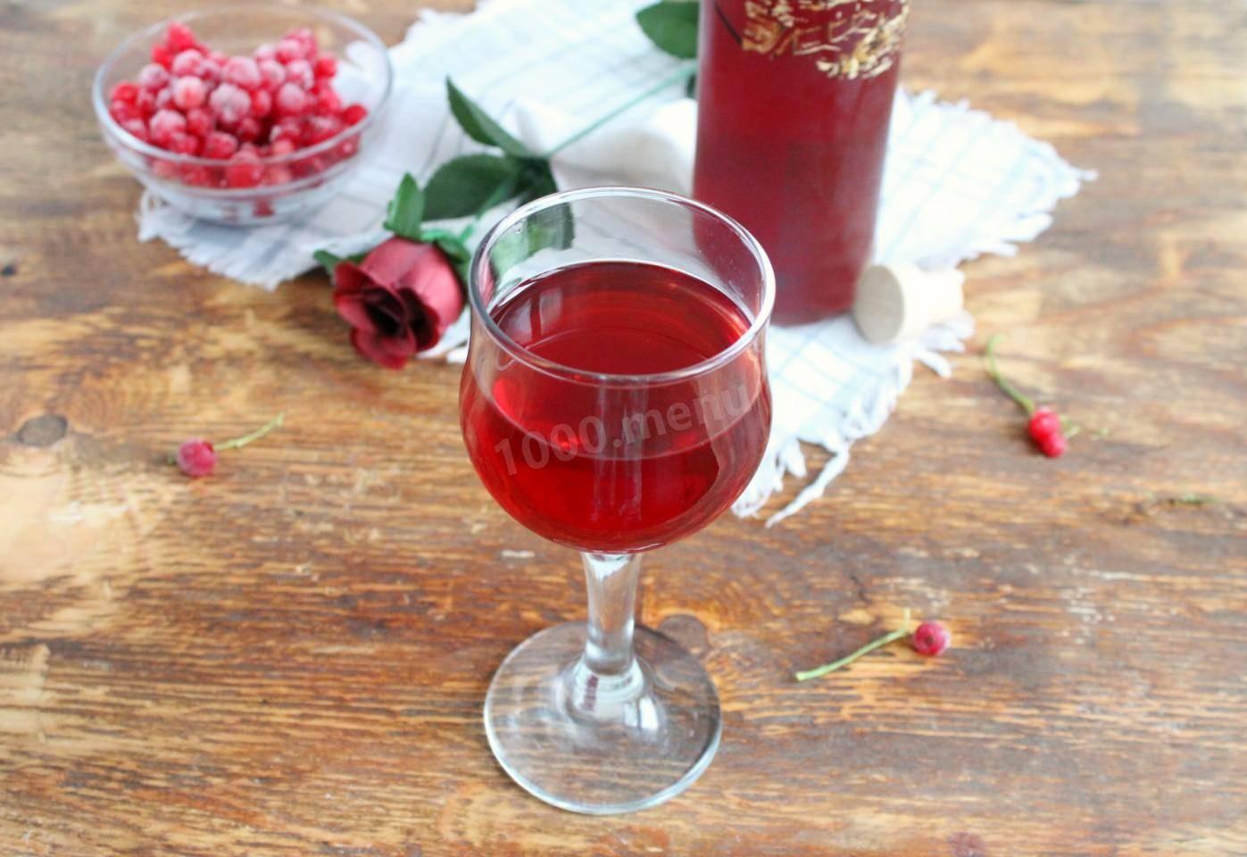 Как сделать вино из черной смородины в домашних условиях