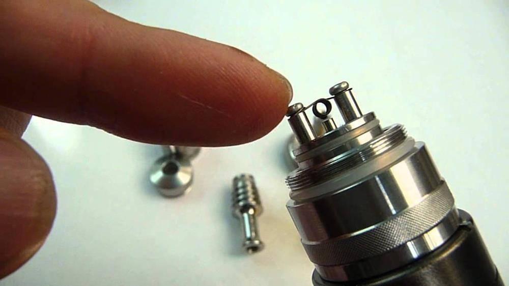 Как разобрать аккумулятор электронной сигареты, и как его заряжать?