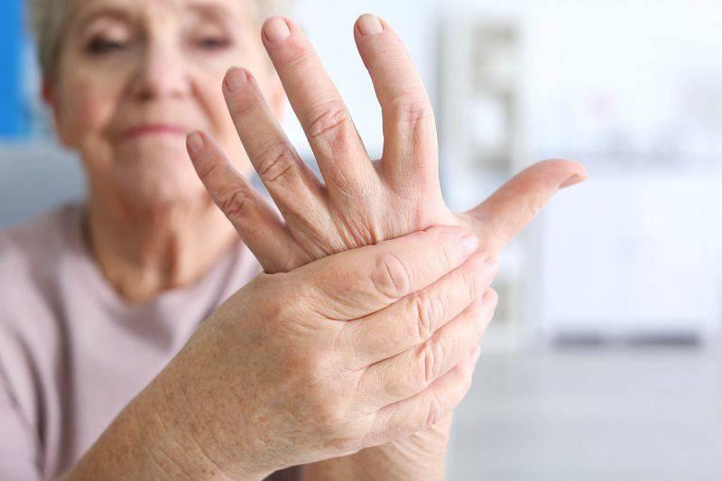 Почему после алкоголя болят руки