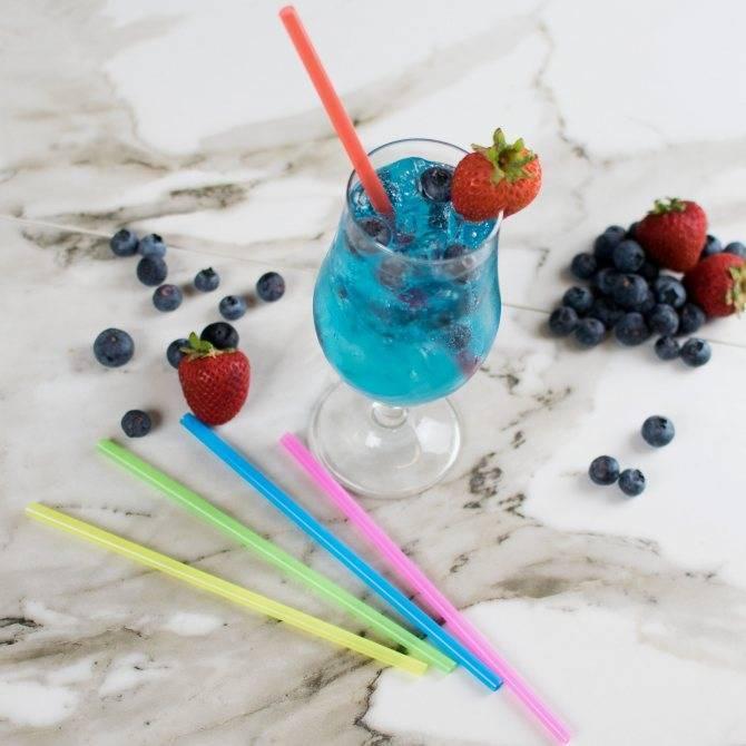 Для чего в коктейлях две трубочки: секреты приготовления напитков