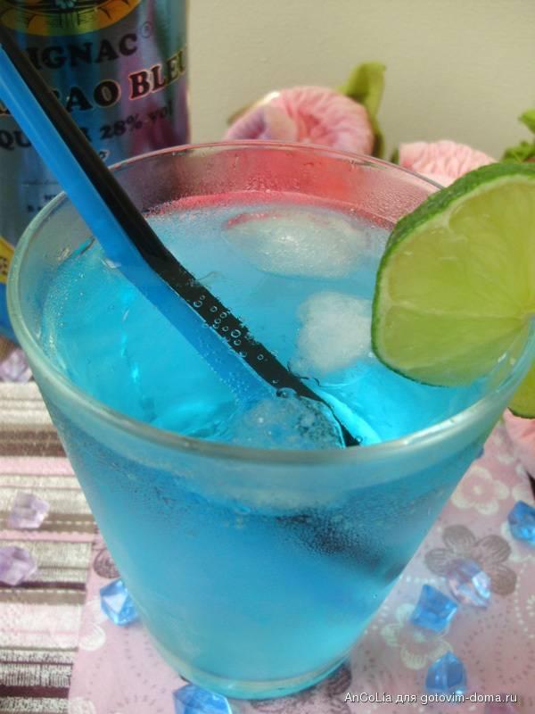 Коктейль голубая лагуна — 2 рецепта в домашних условиях