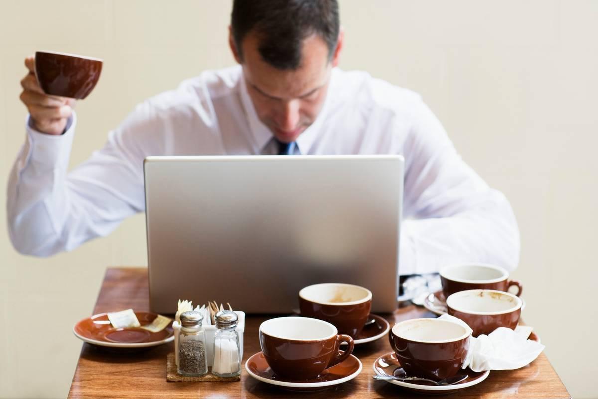 Передозировка кофеином: симптомы, что делать