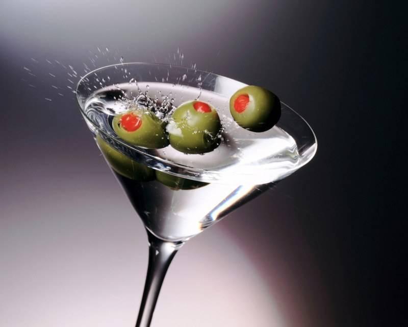 10 самых популярных коктейлей на основе мартини