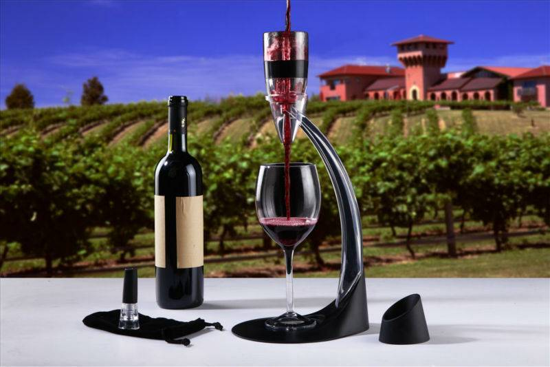 Процесс декантирования вина и зачем он необходим?