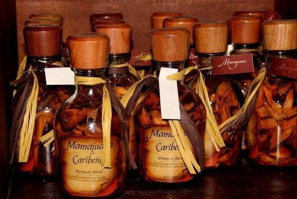 Мамахуана - национальный напиток доминиканы