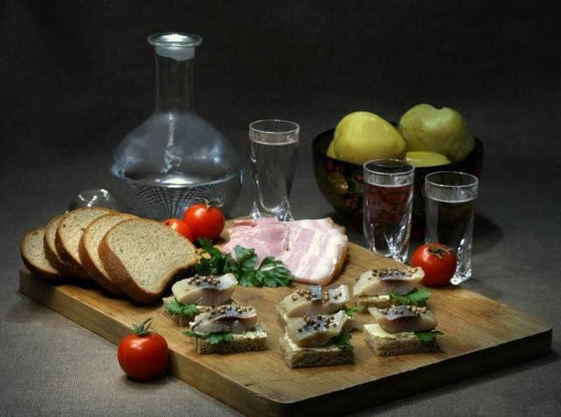 Как правильно пить водку: полезные советы