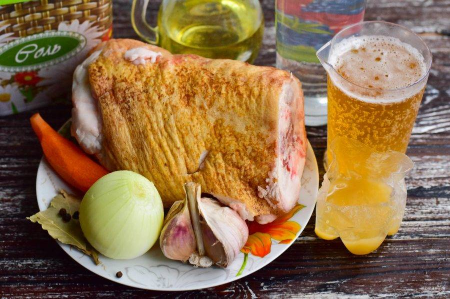 Ароматная свинина, тушеная в пиве: рецепты приготовления сочного мяса