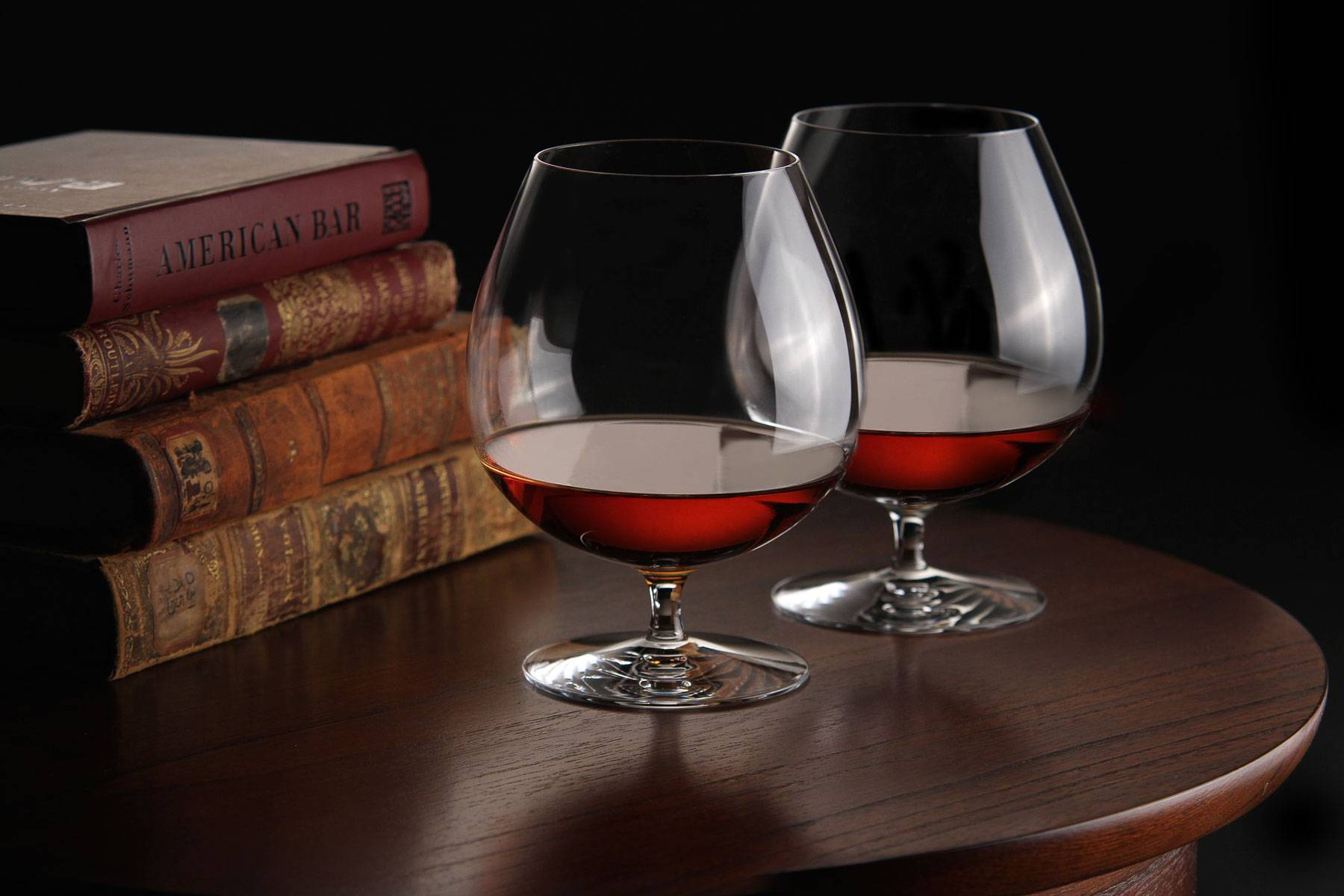 Как бокал влияет на вкусоароматические свойства коньяка? выбираем фужеры правильно