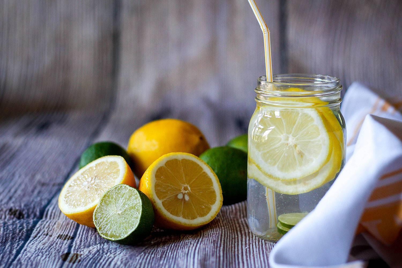 Вода с лимоном с похмелья