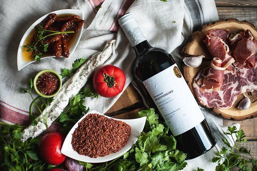 Сколько дней должно бродить домашнее вино - полезные советы