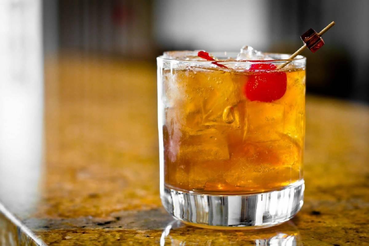 Какой сок лучше всего подходит к коньяку и как быстро определить правильную пропорцию