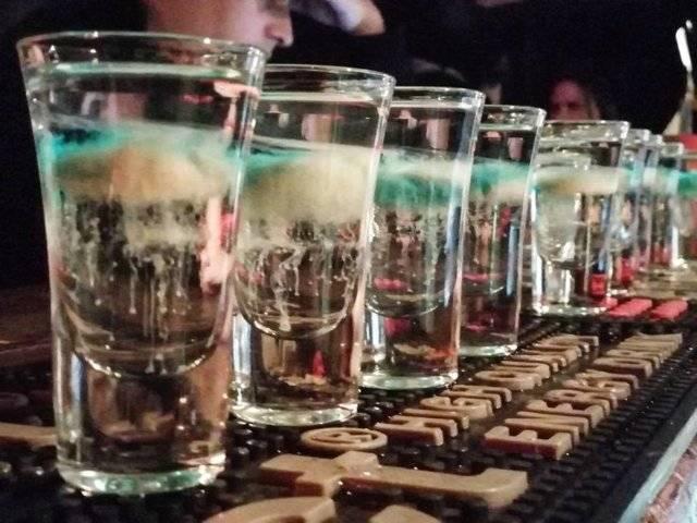 Коктейль «медуза» / алкогольные коктейли / tvcook: пошаговые рецепты с фото