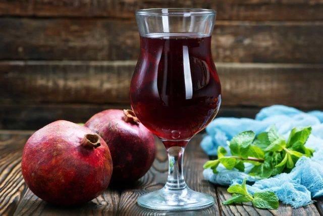 Гранатовое вино: 2 рецепта в домашних условиях