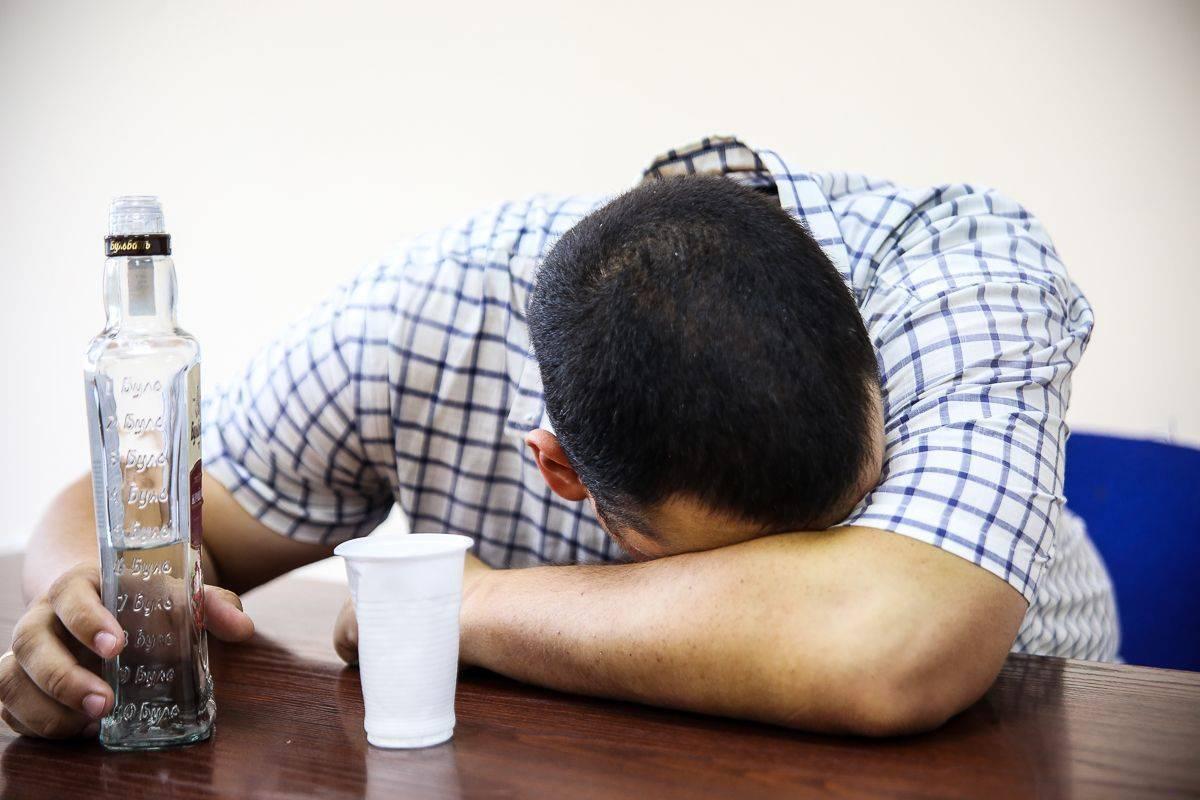 Как быстро избавиться от головокружения после алкоголя