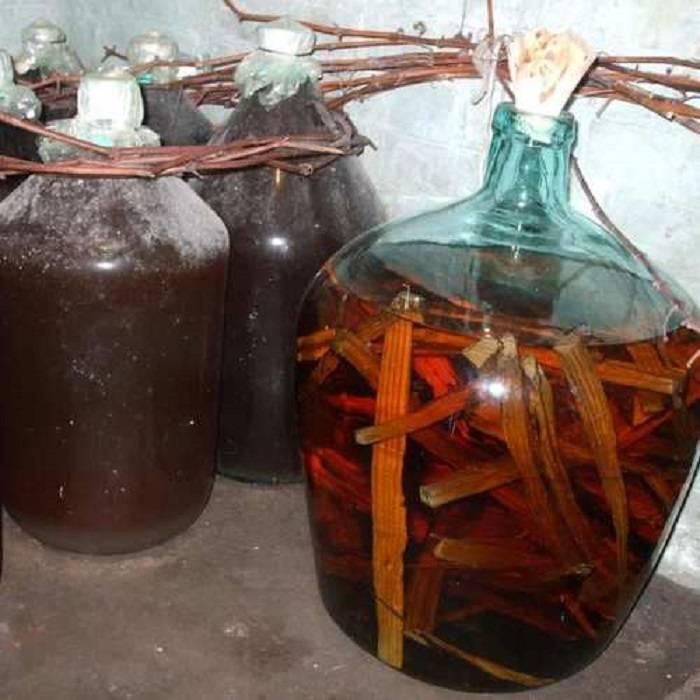 Сколько бродит вино из малины