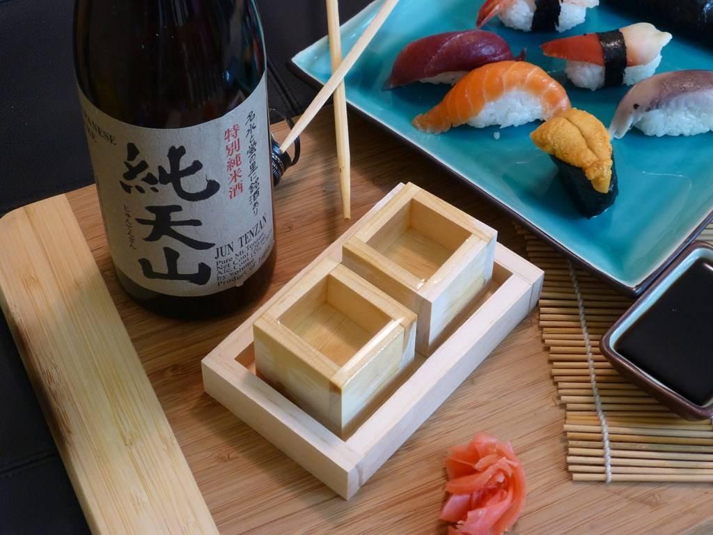 Саке — история напитка и из чего его делают, домашние рецепты