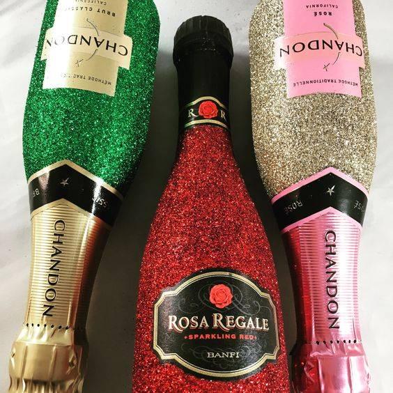 Перламутровое шампанское с блестками: популярные виды и советы по выбору | домашний алкоголь - самогон, водка, коньяк, пиво, вино, квас и другие напитки у вас дома. перламутровое шампанское: фото популярных видов, как выбрать и с чем подавать
