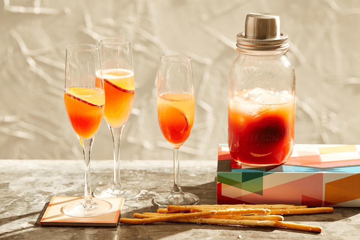 Коктейль беллини – 4 рецепта приготовления в домашних условиях